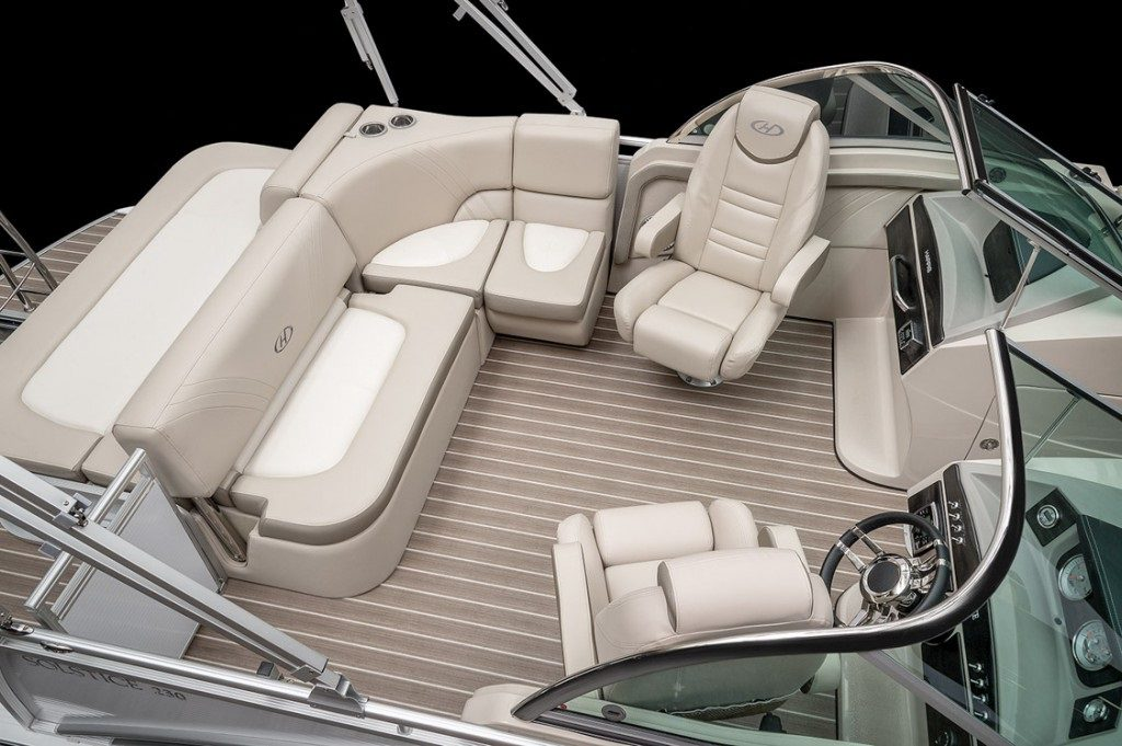 Pontoon Boat Seats For Sale >> The Best Pontoon Boat Layout Smart Boat Buyer Guide