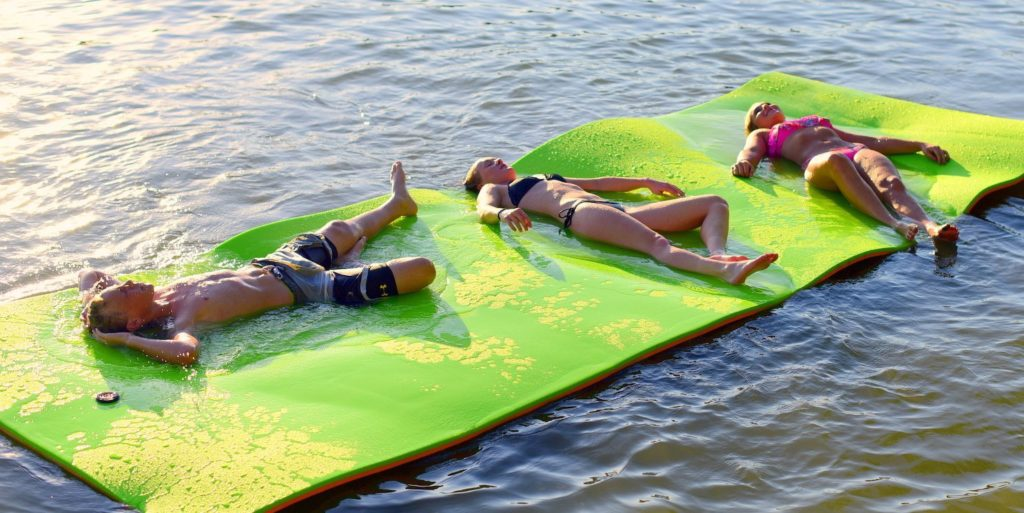 The Best Floating Water Mats Smart Boat Buyer