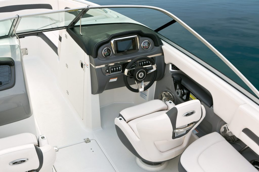 Chaparral 246 SSi Helm
