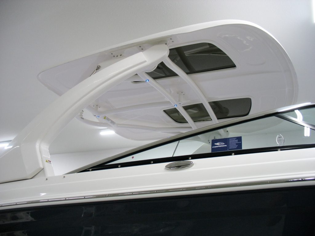 Chaparral 287 SSX Electric Hardtop with Sunroof