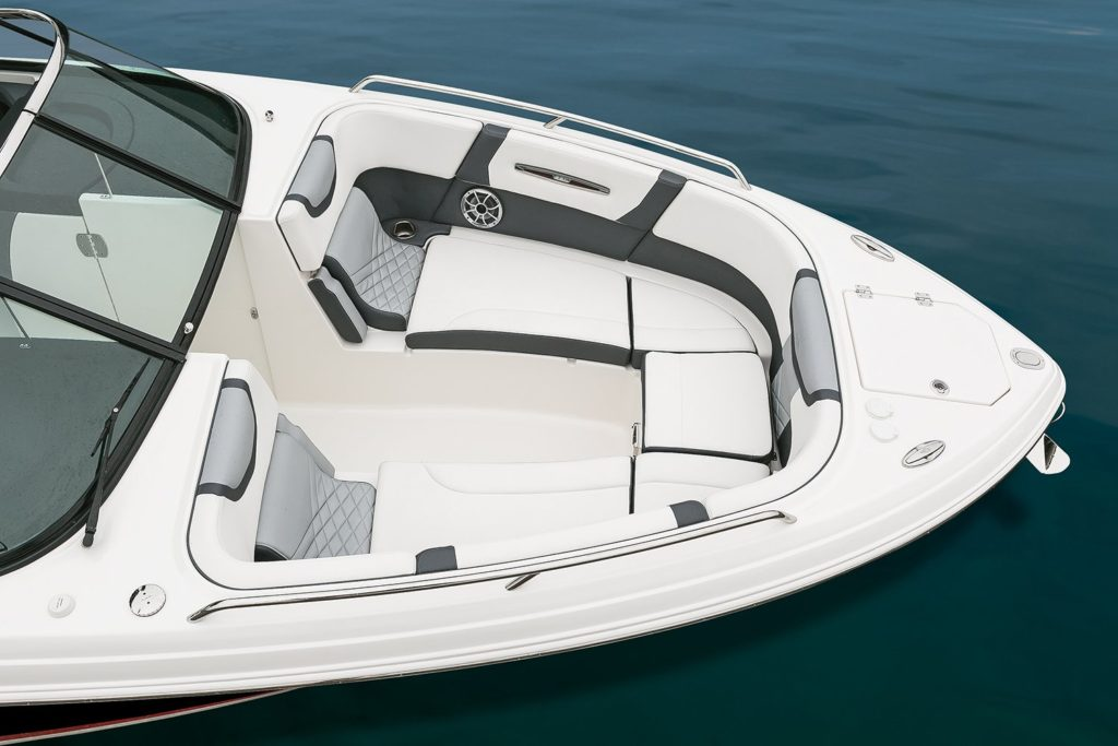 Chaparral 287 SSX Bow Seating