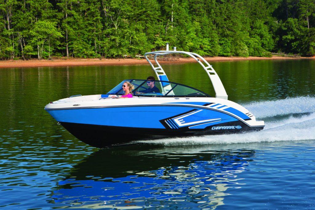 Qu'est-ce qu'un Jet Boat? Avantages et Inconvénients